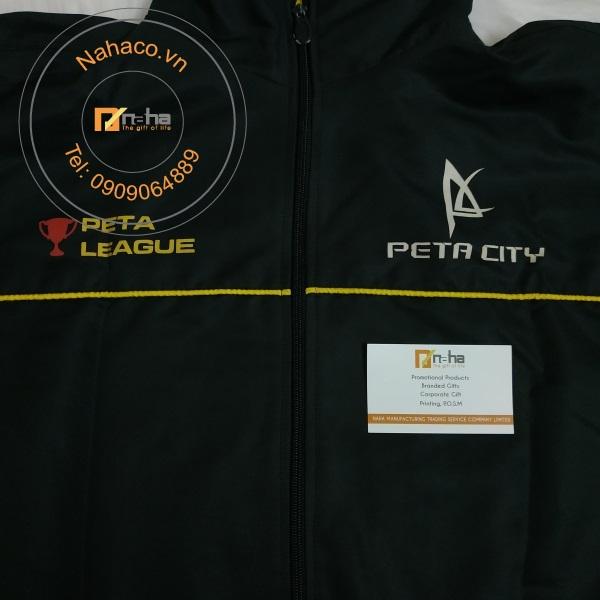 logo của mẫu áo khoác 15
