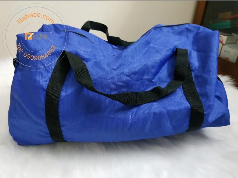 miêu tả mặt sau của mẫu túi xách du lịch xếp gọn 01