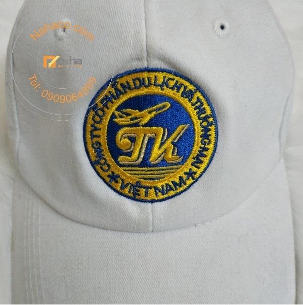 miêu tả phần logo của mẫu mũ 27